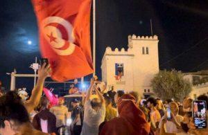 Tunus'ta bir aylık sokağa çıkma yasağı ilan edildi