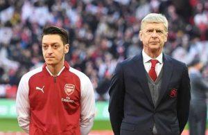 İngiltere'nin penaltısına Mesut Özil ve Wenger'den flaş yorum