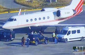 Türk pilot, kokain dolu uçağa yapılan operasyonda kaçmaya çalışmış!