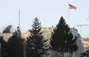 Afgan göçmen ABD konsolosluğunda kendini yaktı