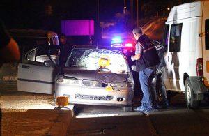 Otomobilden zorla indirilen kadın, bir başka otomobilin çarpmasıyla can verdi