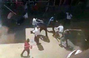 Kars'ta taşlı, sopalı, bıçaklı kavga: Dört gözaltı