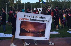 ODTÜ'de gelenek bozulmadı: Rektörlüğün katılmadığı mezuniyette çarpıcı pankartlar