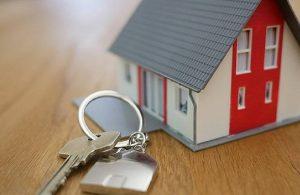 Ev sahipleri daha yüksek kira için mahkemeye başvuruyor