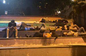 AHBAP'tan 'barınamayan' öğrencilere nakdi yardım