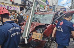 Kasımpaşa'da hafif ticari araç durağa daldı: 1 ölü