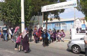 İzmir'in Çernobili'nin yanı başında kalabalık sınıflarda eğitim